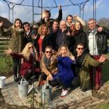 cast willem ruijs, de show van zijn leven' verbleef bij buitengoed de gaard xander van vledder, maaike widdershoven, johnny kraaijkamp, rob van de meeberg e.a.