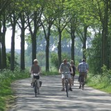 fietsers asselt roermond foto vvv midden-limburg