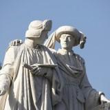 standbeeld gebroeders van eyck op de markt in maaseik