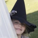 krrrr... heksjes tijdens heksenjaar roermond bij buitengoed de gaard foto belinda keulen