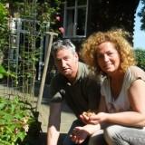 boer zoekt vrouw jos en dycke planten galdiolenbollen in hartvorm bij vierseizoenenhuisje buitengoed de gaard